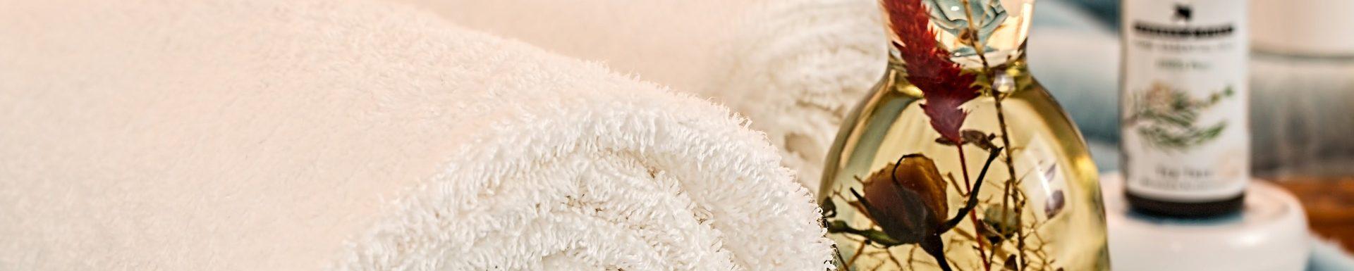 Unaus Rasierer & Akne Behandlung